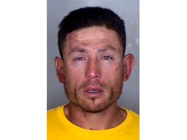 Esta foto sin fecha muestra a Ryan Scott Blinston, un podador de árboles en la zona rural de California acusado de una serie de asesinatos en serie con cortes de garganta.