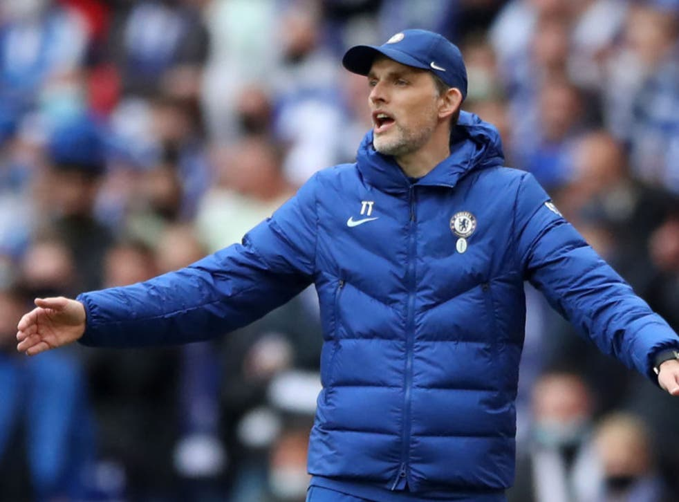 Thomas Tuchel reacts during Chelsea's defeat