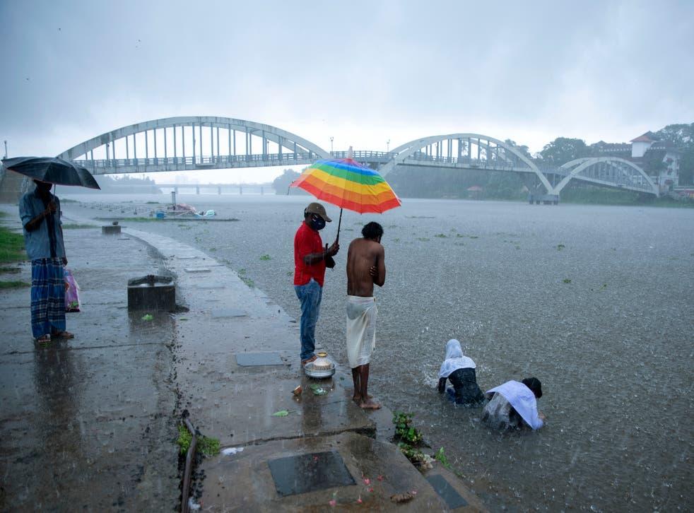 APTOPIX Virus Outbreak India Cyclone