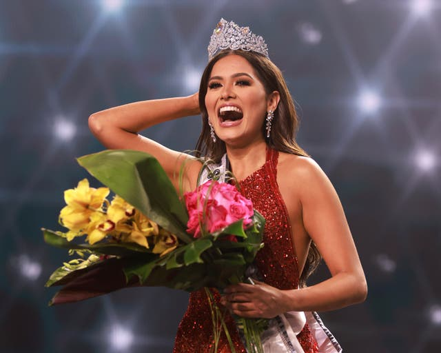 <p>Andrea Maza, the newly crowned Miss Universe had caused widespread confusion about whether she is married</p>