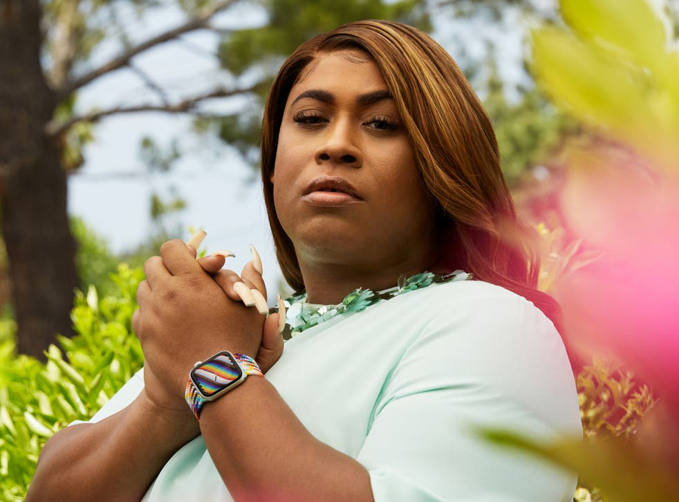 GLSEN board member and LGBTQ+ advocate, artist, and leader Dominique Morgan wears the new Pride Edition band