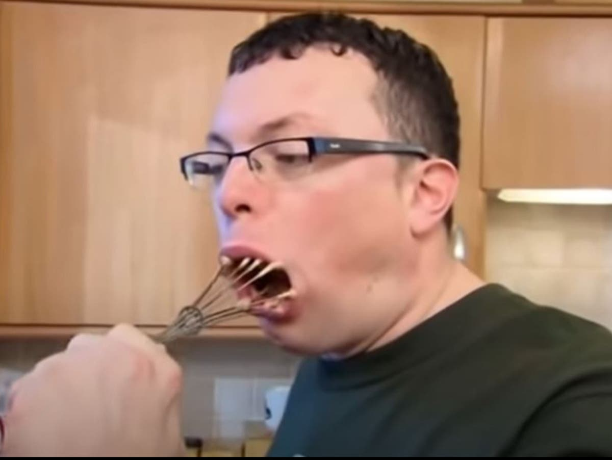 Come Dine With Me contestant who crammed entire whisk in mouth ...