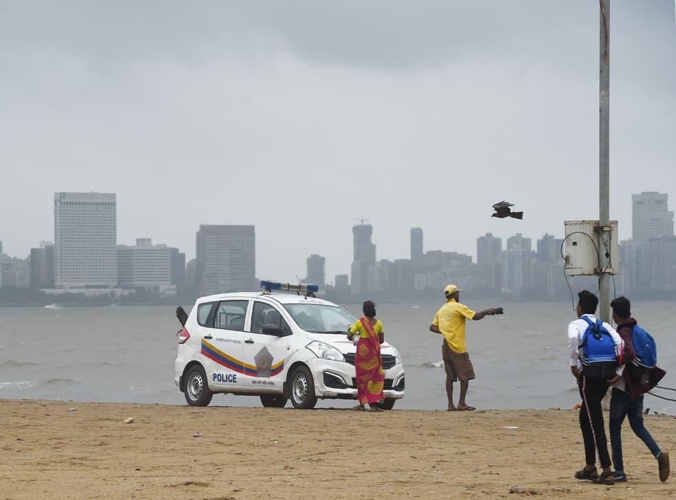 <p>Representational Image.  A police vehicle patrols the Girgaum Chowpatty beach in Mumbai</p>