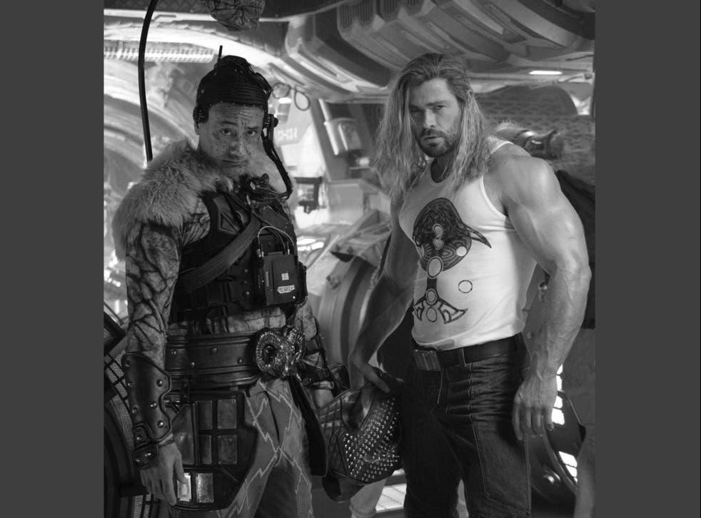 <p>Hemsworth's bulging biceps have dropped jaws across social media</p>
