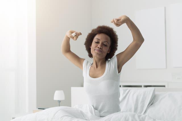 <p>Woman waking up</p>