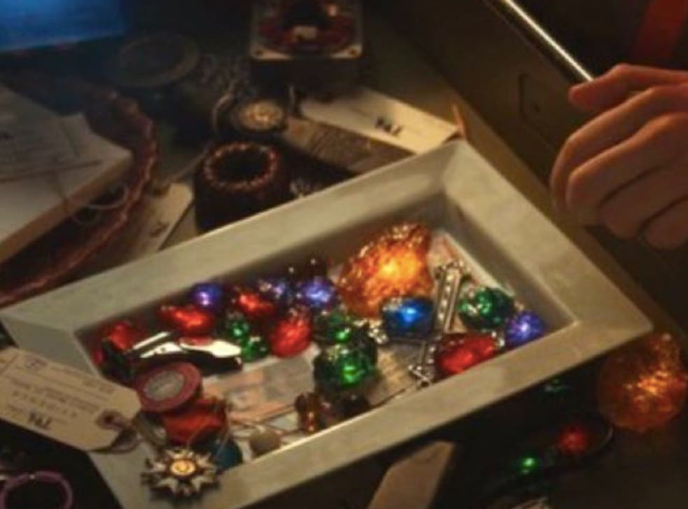 Loki episode 1 viewers angry with how Infinity Stones scene reduces beloved MCU character's death scenes | The Independent