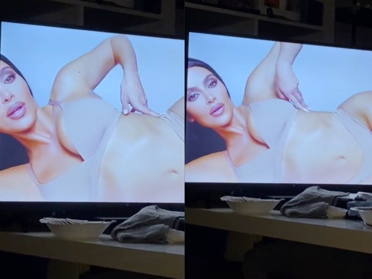 Skims pulls Kim Kardashian ad but denies distorted finger was a Photoshop  fail | The Independent