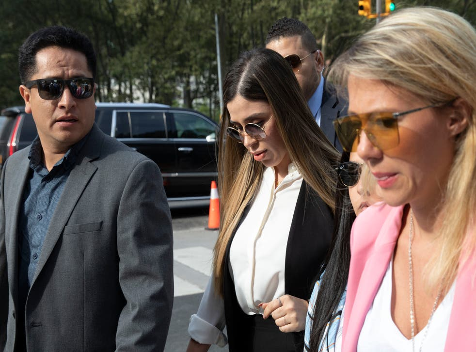 <p>Guilty plea: El Chapos Wife, Emma Coronel Aispuro (centre)</p>