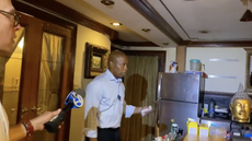 New York mayoral candidate's bizarre house tour for the press mocked