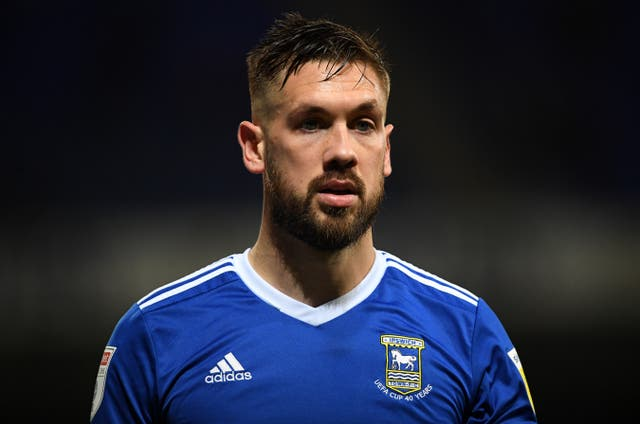 <p>Colchester have signed former Ipswich captain Luke Chambers</p>