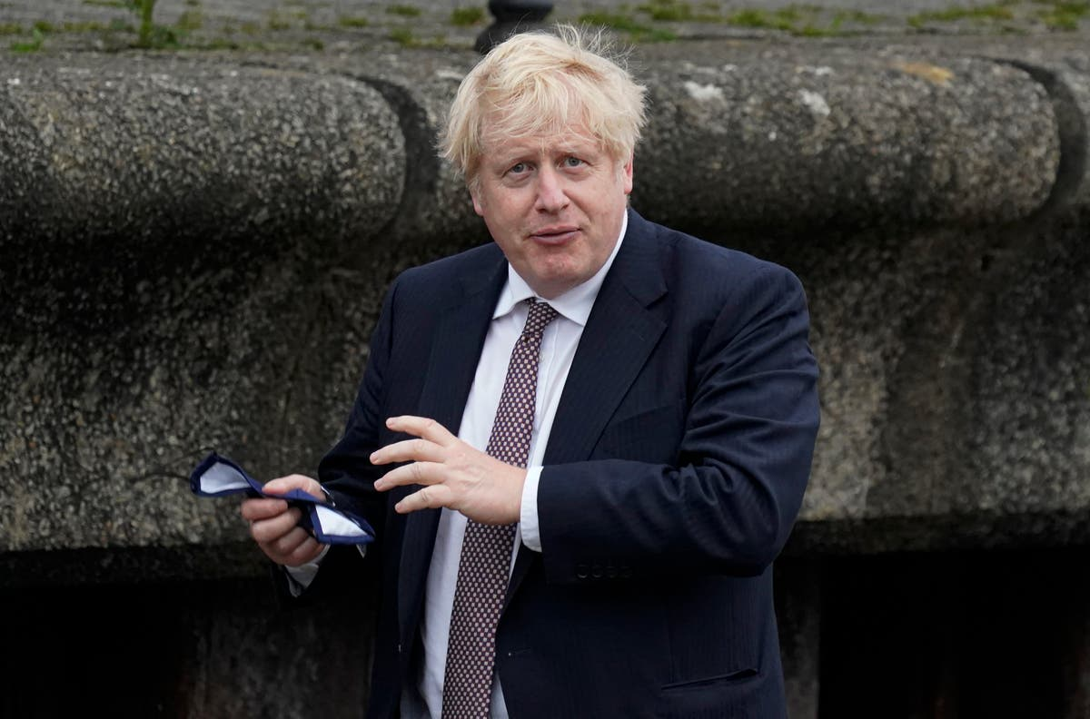 Boris Johnson urges England fans not to boo players taking the knee