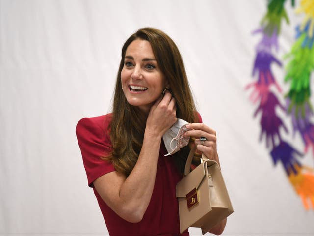 <p>Kate también confirmó que aún no ha conocido a su nueva sobrina.</p>
