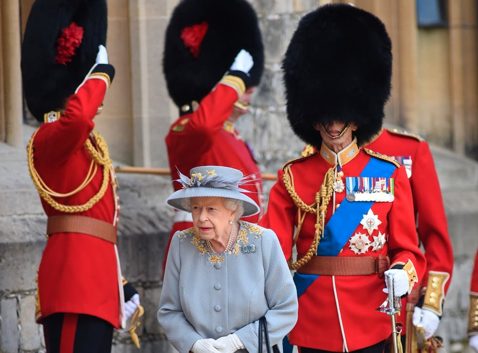 <p>The Queen and the Duke of Kent</p>