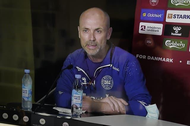 <p>El médico de la selección nacional de fútbol de Dinamarca Morten Boesen</p>