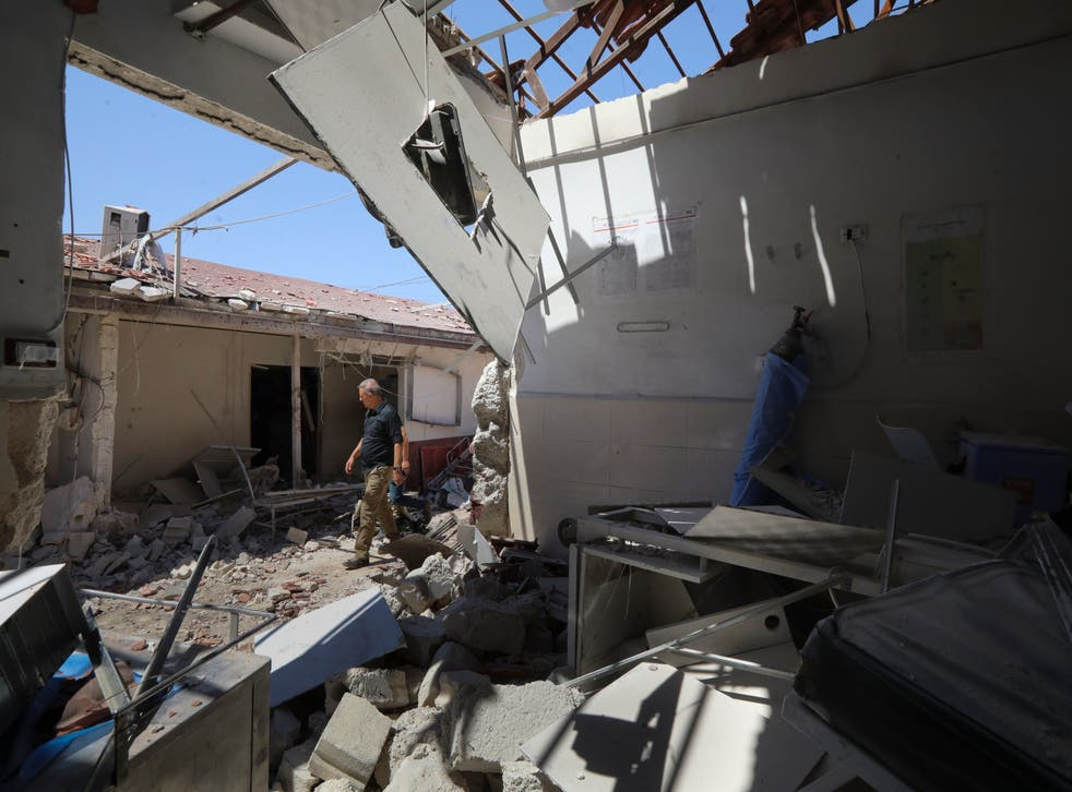 <p>Damage to a hospital in Afrin</p>