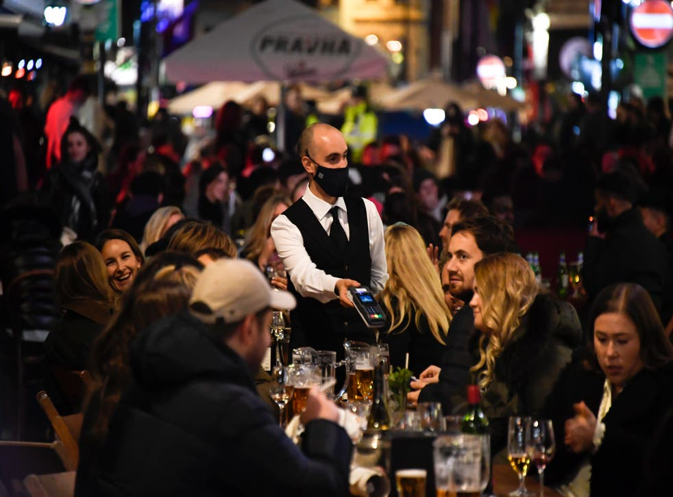 <p>The US restaurant industry is still down nearly 2 million jobs from last year</p>