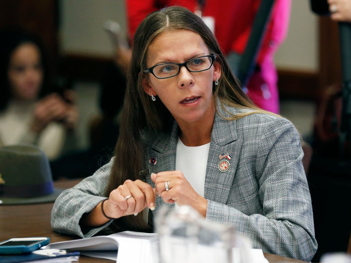Mississippi: Ex-lawmaker killed near home of slain relative