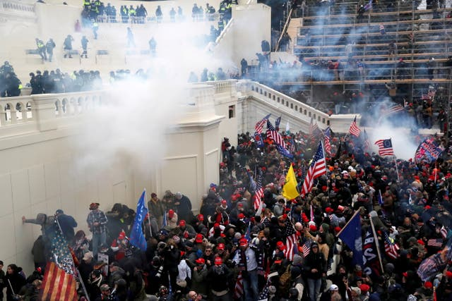 <p>FILE PHOTO. Twenty-one House Republicans have voted against awarding Congressional Gold Medals to police officers who defended the Capitol Building during 6 January riots in Washington D.C. </p>