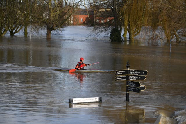 <p>The government isn't acting fast enough to prepare for worsening extreme weather, advisers say</p>