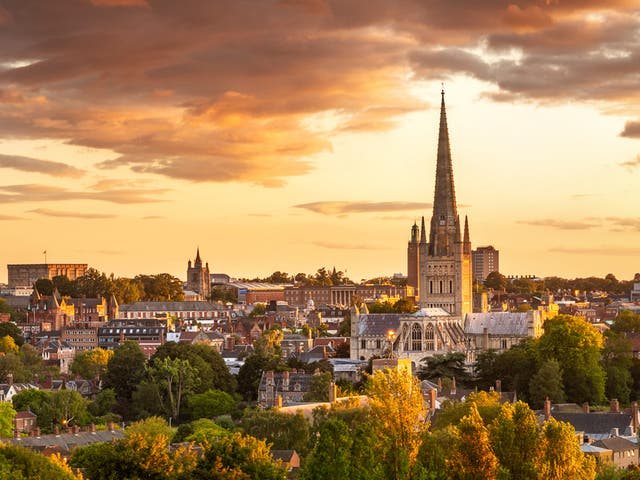 <p>Sunset over Norwich</p>