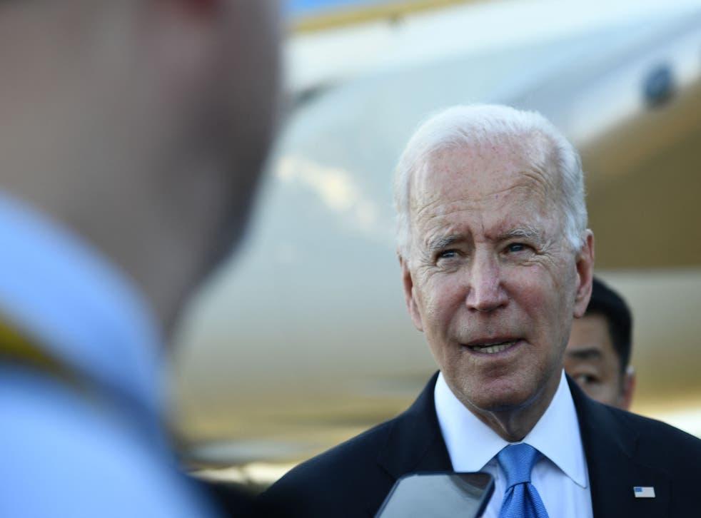 <p>US President Joe Biden speaks with press, preparing departing the airport, after the US-Russia summit in Geneva on June 16, 2021.</p>