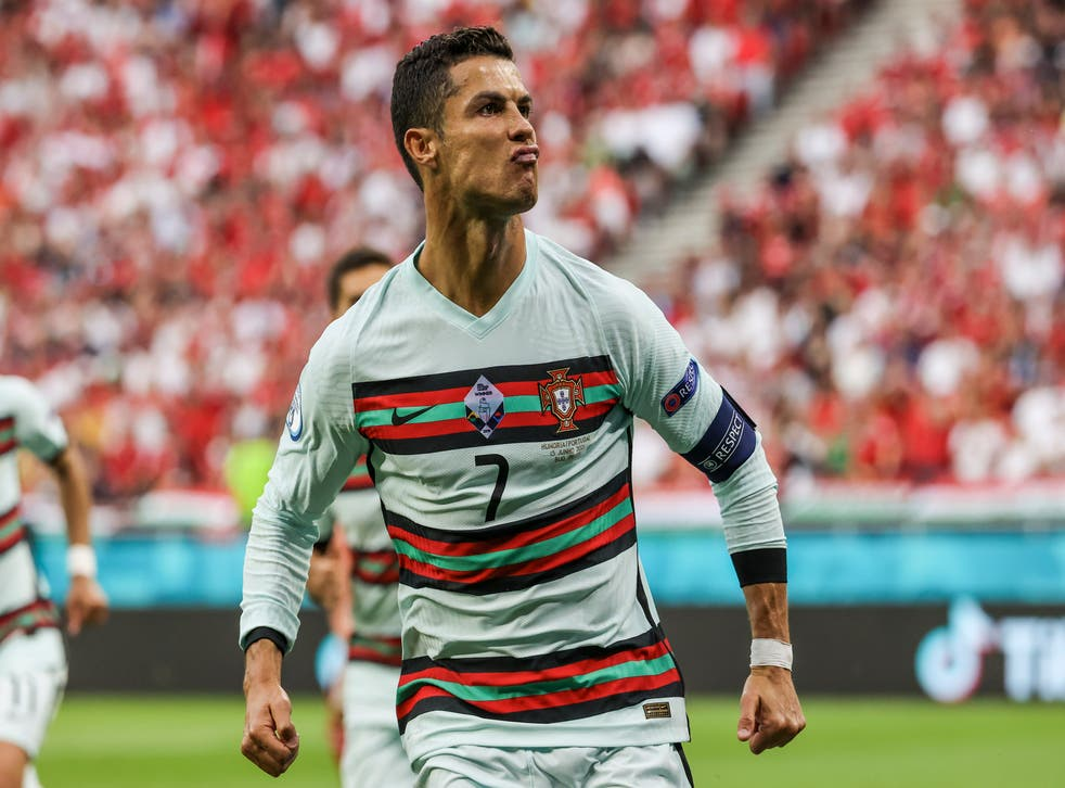 <p>Eddie Jones has used the example of Cristiano Ronaldo (pictured) in telling his players to dream big</p>