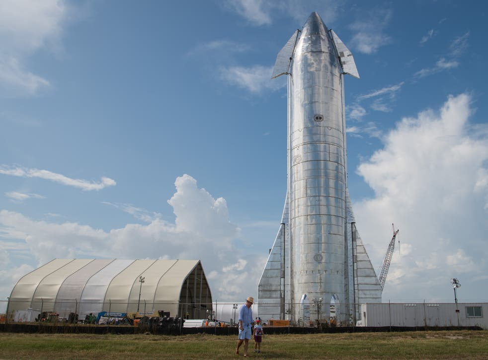 <p>A prototype of SpaceX's Starship spacecraft is seen at the company's Texas launch facility on 28 September, 2019 in Boca Chica near Brownsville, Texas</p>