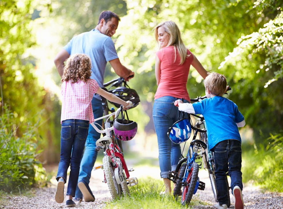 family with bikes