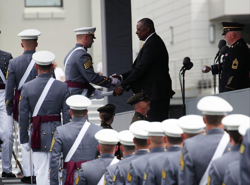 <p>US army cadets graduating </p>