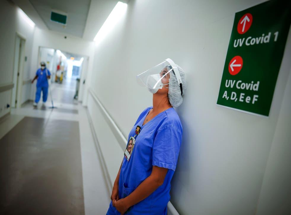 Virus Oubreak Brazil 500K Deaths