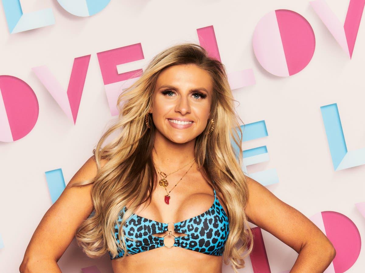 Who's Love Island 2021 contestant Chloe Burrows?