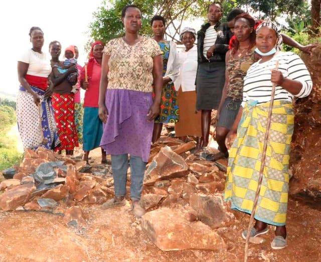 <p>The group of women from Tindiret Sub-county in Kenya's Nandi County who crush stones (predominantly men's work) to raise school fees for their children</p>