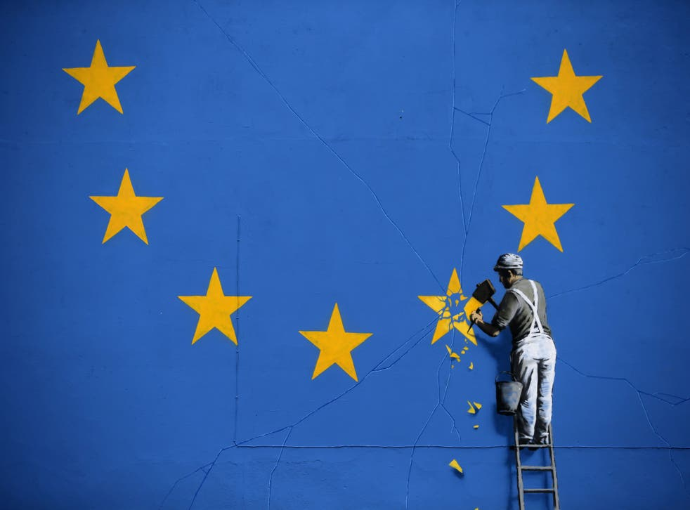 <p>To catch a falling star: Graffiti artist Banksy's Brexit-themed mural in Dover</p>