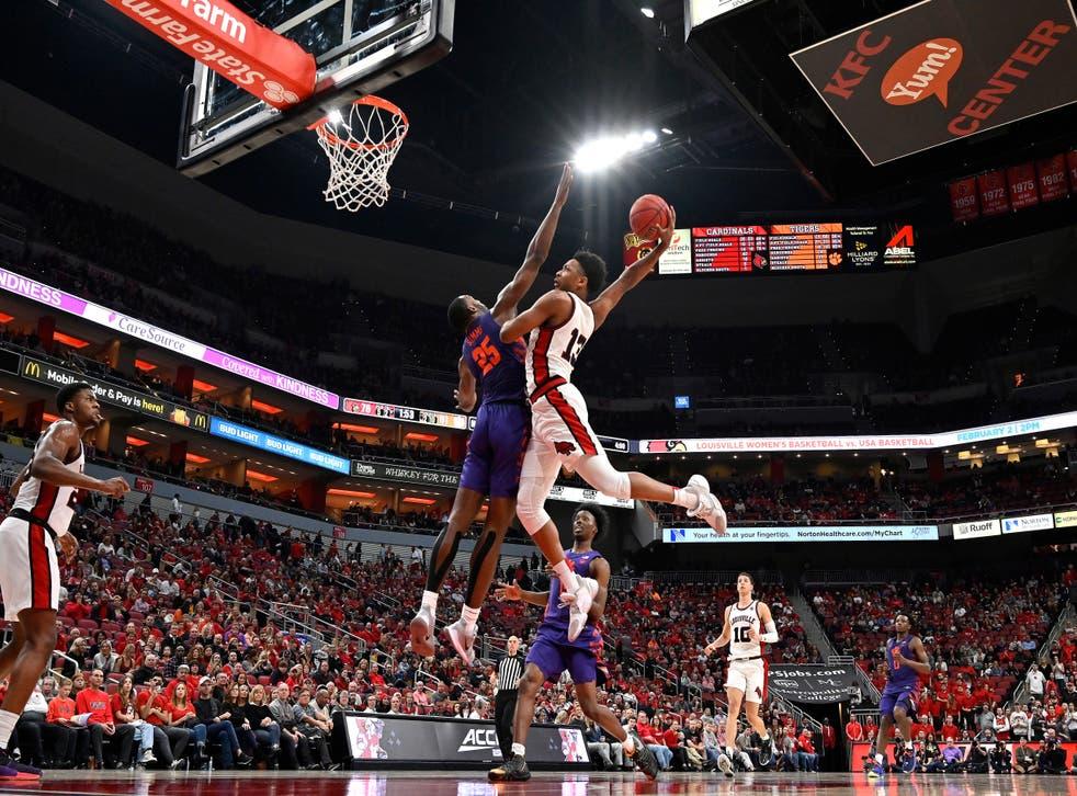 <p>College-Athletes-Kentucky Basketball</p>