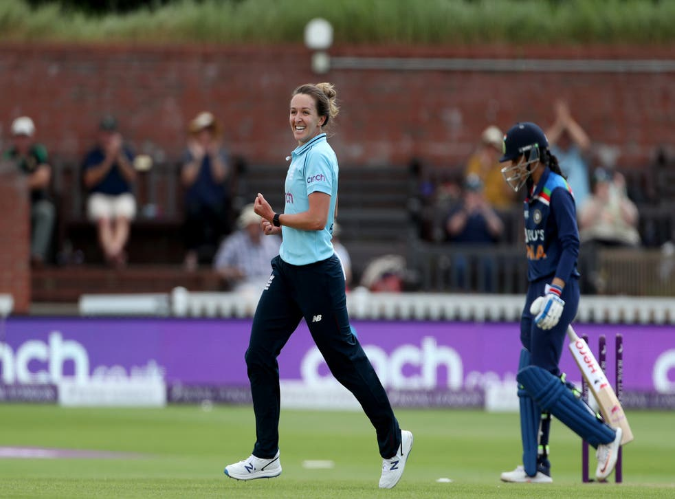 """<p>Kate Cross hailed the """"amazing"""" record-breaking sixth-wicket partnership that saw England clinch a five-wicket victory over India</p>"""