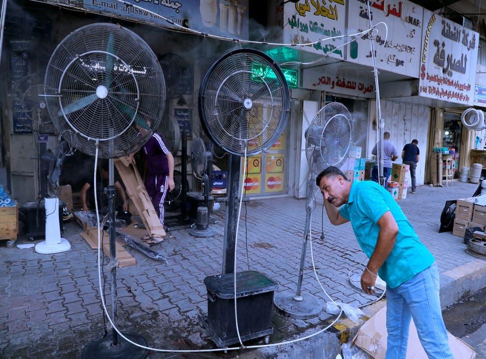 APTOPIX Iraq Heat