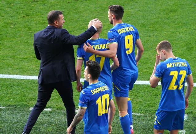 Ukraine beat Sweden to reach the quarter-finals