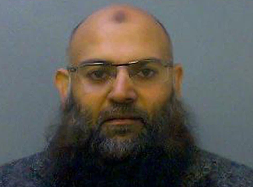 "<p>Shakil Chapra, 43, who also goes by the alias Abu Haleema, has links with <a href=""/news/uk/home-news/london-bridge-attack-usman-khan-shot-b1863482.html"">London Bridge</a> attacker Khuram Butt</p>"