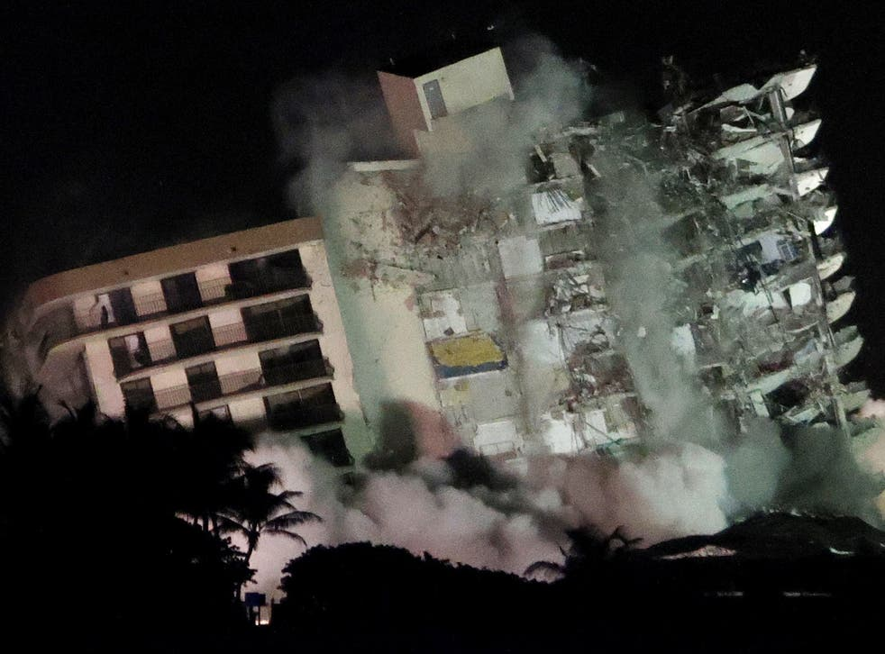 Miami building collapse: Remaining section of Surfside tower demolished  with explosives | The Independent