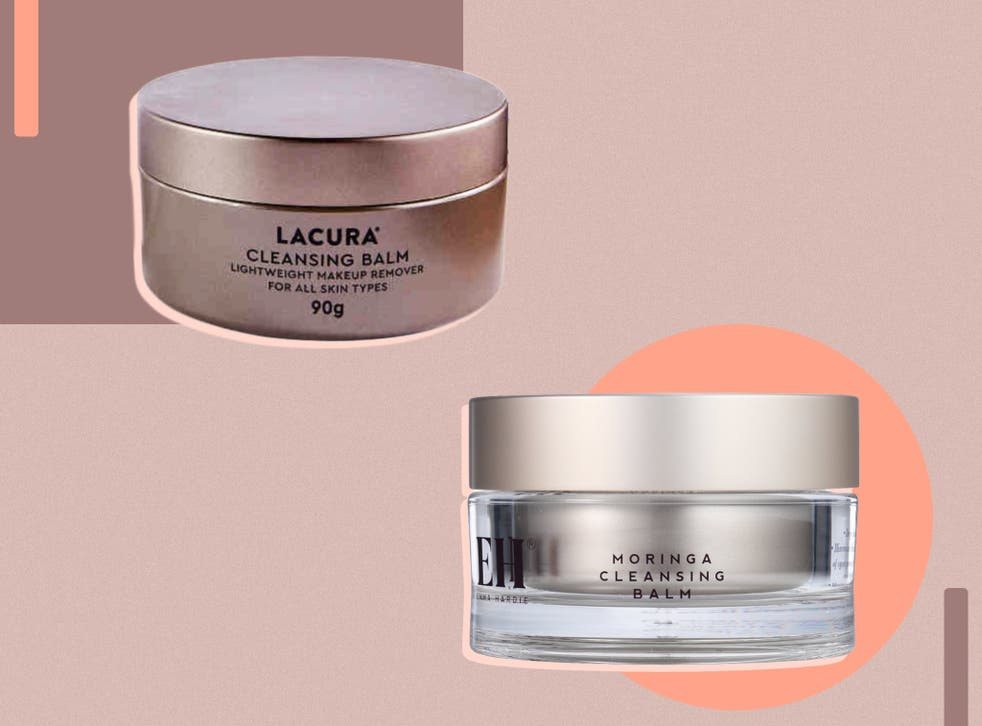 <p>Each claims to break down make-up and leave skin feeling refreshed</p>