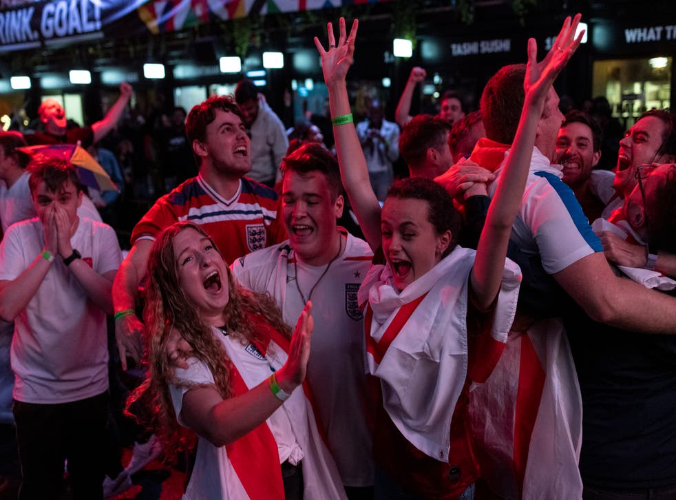 <p>England fans cheer during England v Denmark on 7 July, 2020</p>