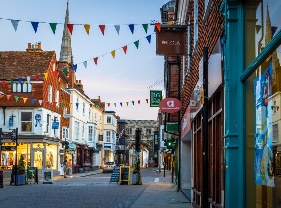 <p>Salisbury has a blend of medieval architecture and modern amenities</p>