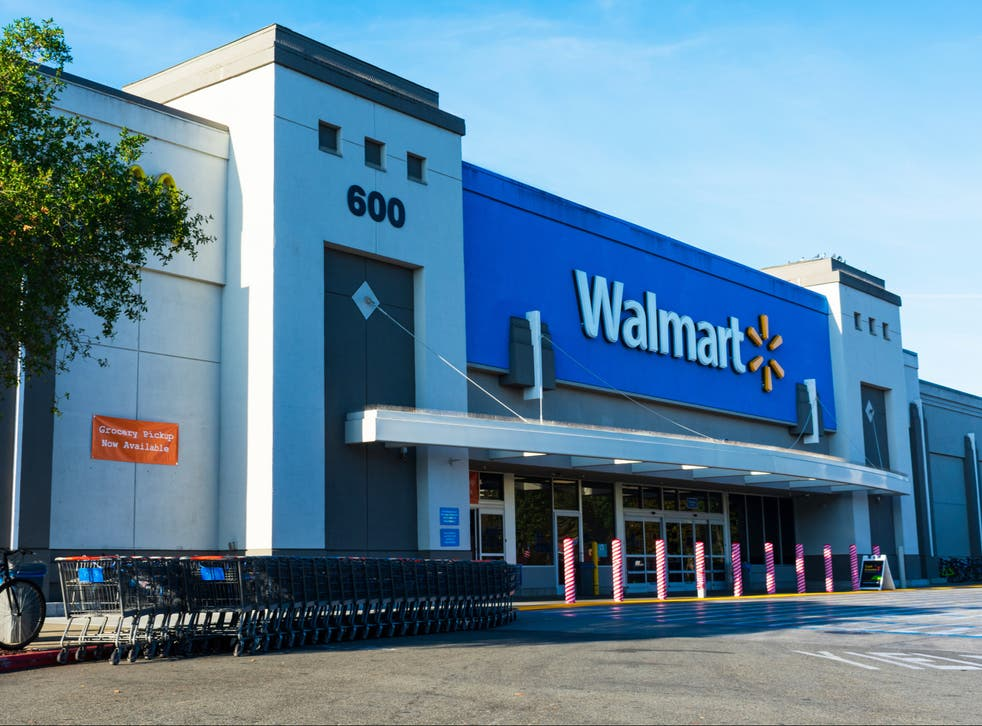 <p>A Walmart store in California, US</p>