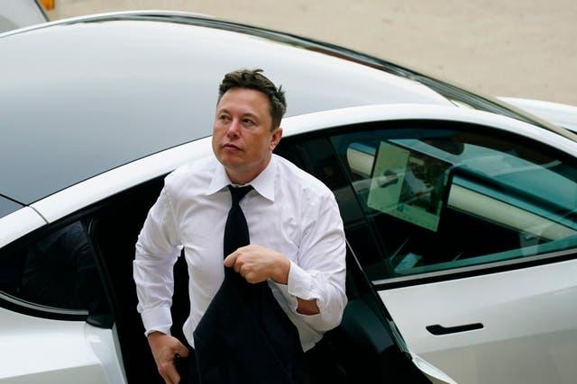 APTOPIX Elon Musk SolarCity Lawsuit