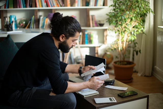 <p>70 per cent of US millennials, even those with higher salaries, say they live paycheck to paycheck </p>