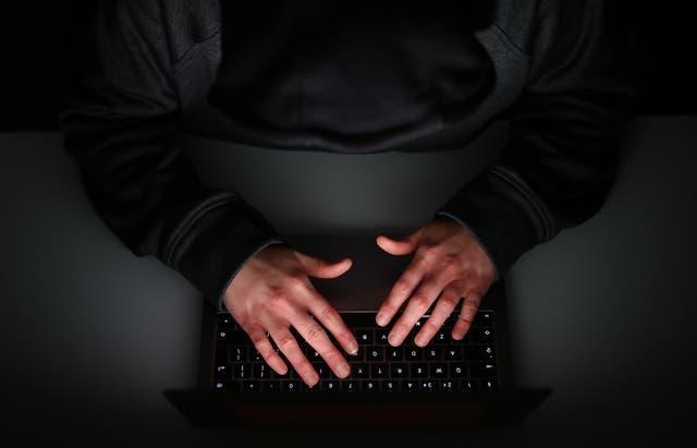 Man uses laptop