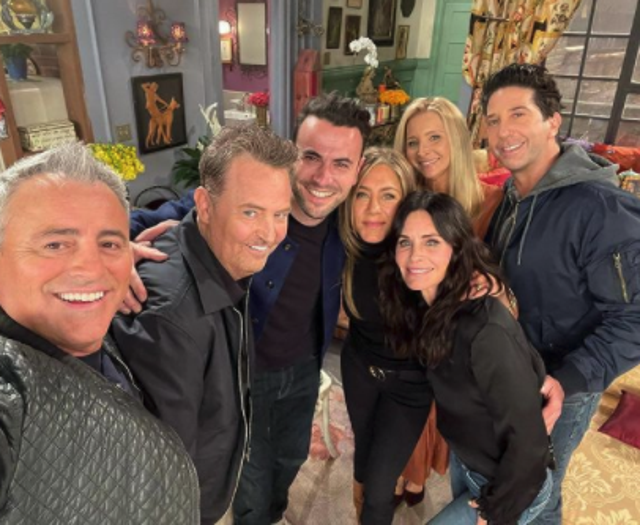 <p>The cast of Friends with Ben Winston during the reunion filming</p>
