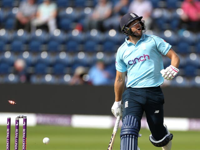 <p>Dawid Malan in action for England</p>
