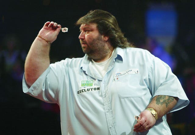 <p>Andy Fordham during the 2004 BDO World Championship final</p>