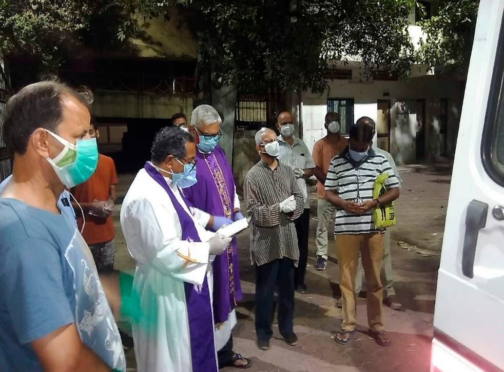 Virus Outbreak-Catholic Clergy